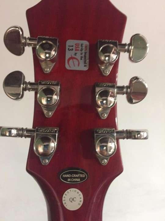 Guitarra Epiphone Dot 335