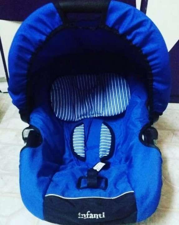 Baby seat Infanti - 0