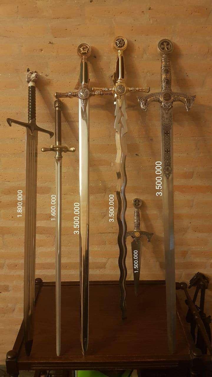 Espadas hechas en Toledo - 0