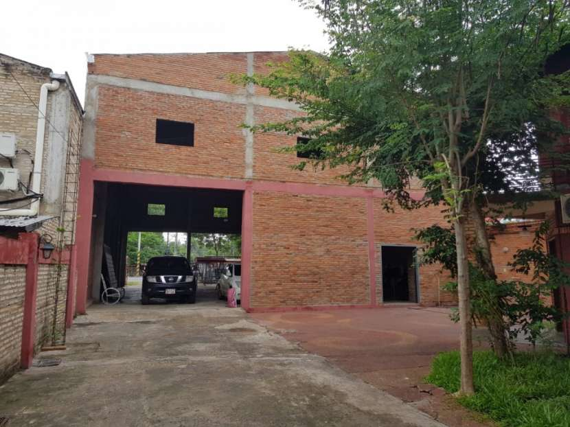 Show room-vivienda-deposito zona mariano - 5