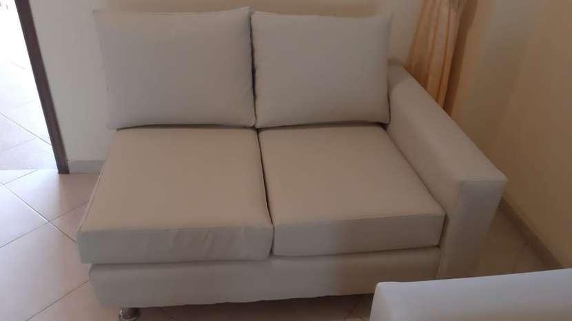 """Sofá de cuero Blanco en forma de """"L"""" (2 piezas) - 1"""
