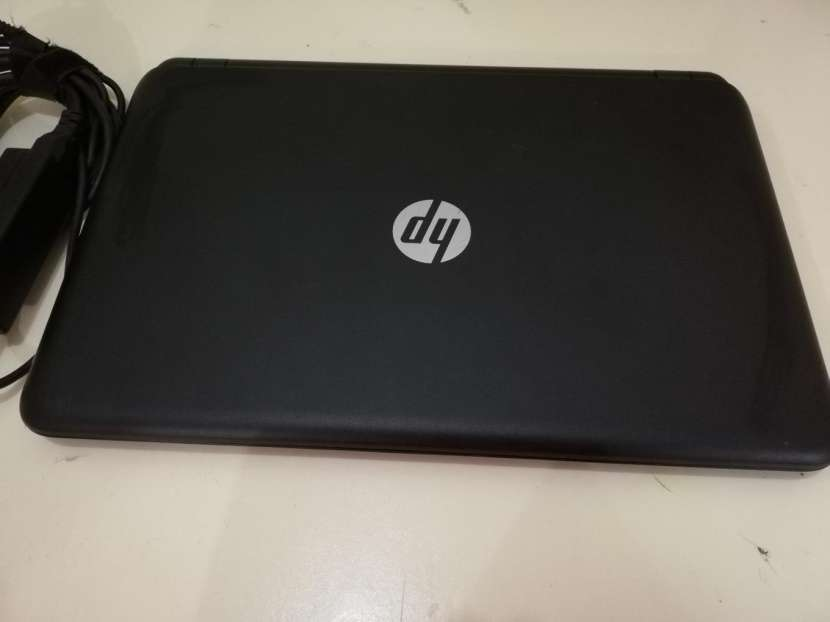 Notebook HP 15 tactil - 1
