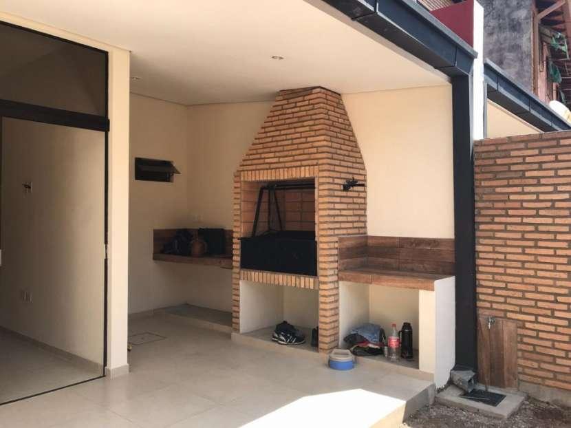 Duplex en San Lorenzo Zona 14 De Mayo - 5