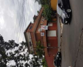 Edificio en lambare