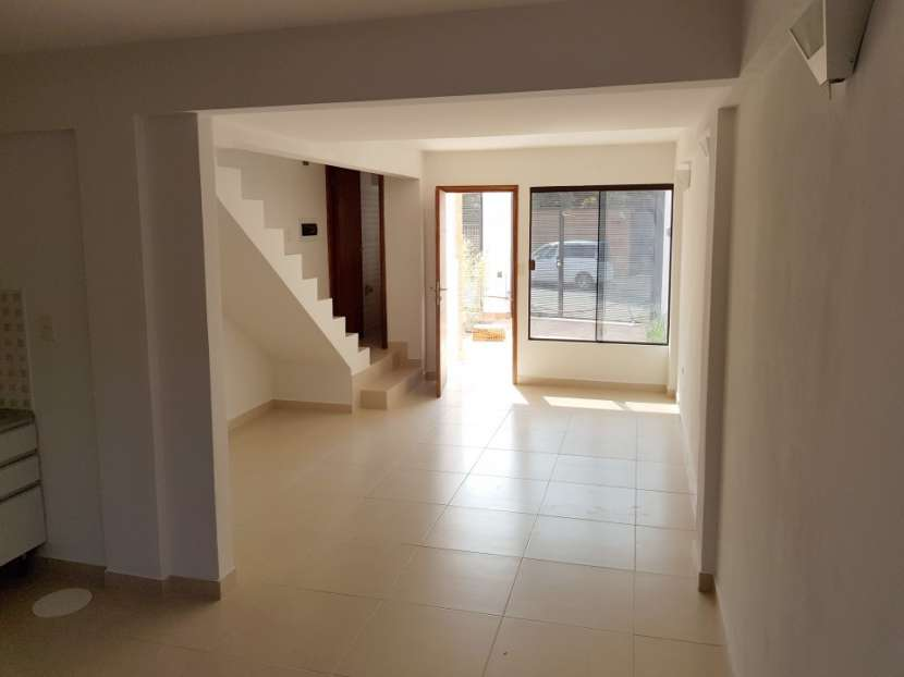 Duplex a estrenar en Fernando de la Mora Zona Sur - 4