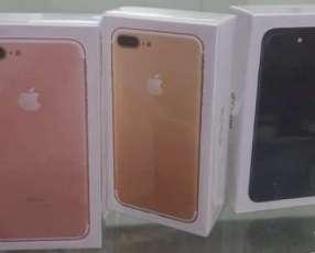 iPhone 7 plus de 128 gb en caja