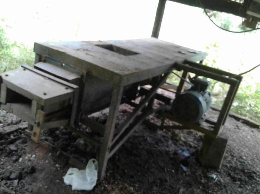 Máquina para hacer ladrillos prensado - 0