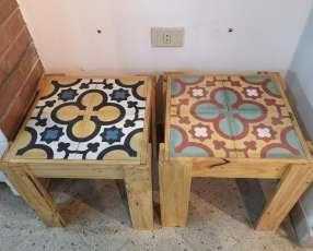 Mesitas de azulejo y palet
