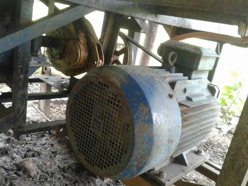 Máquina para hacer ladrillos prensado - 1