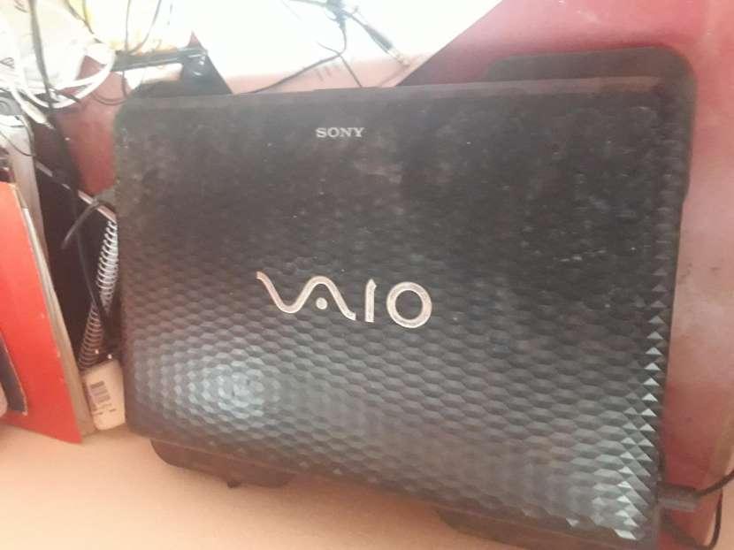 Notebook Sony vaio i5 de repuesto - 1