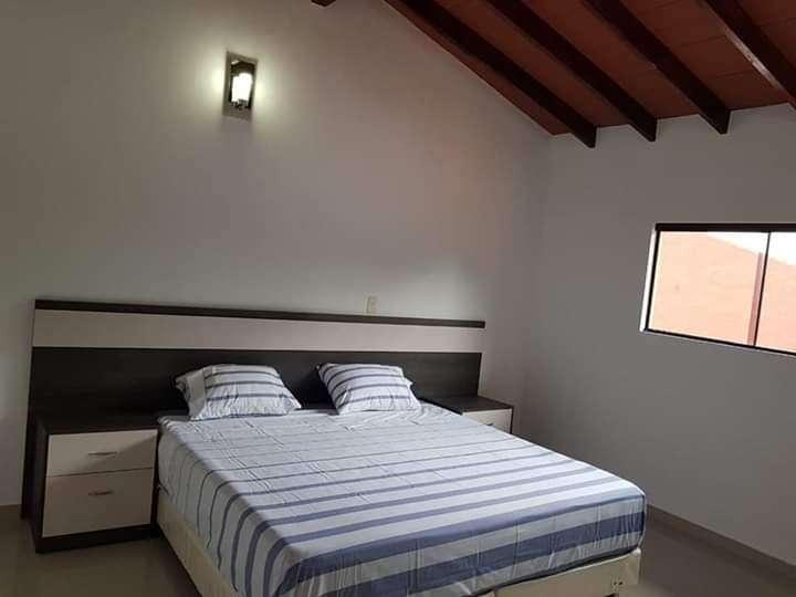 Duplex a estrenar en Villa Elisa zona Sol de América Y5170 - 6