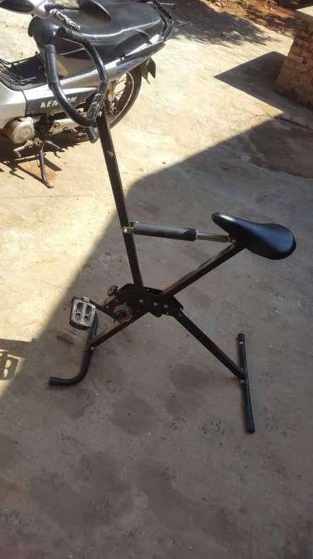 Bicicleta estática - 0