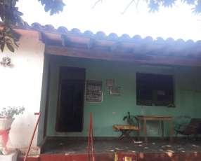 Casa con salones en Ñemby