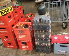 Cajas de cervezas y gaseosas
