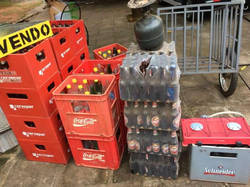 Cajas de cervezas y gaseosas - 0