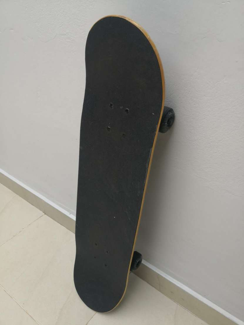 Skate oxelo semi nuevo - 2