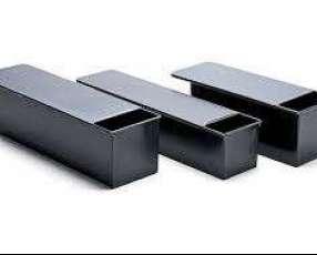 Mesas de acero moldes bandejas carros corta migas