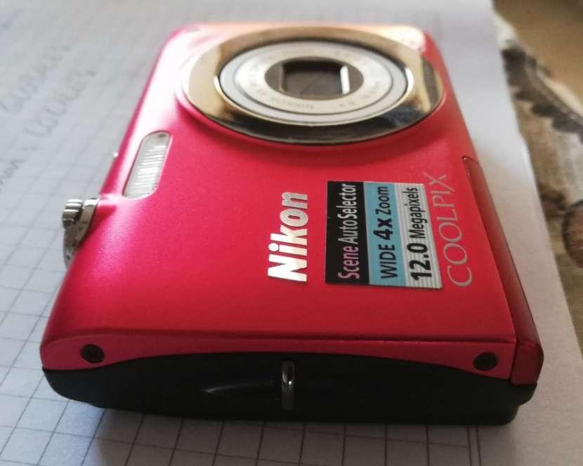 Cámara digital compacta COOLPIX S2500 de Nikon - 3