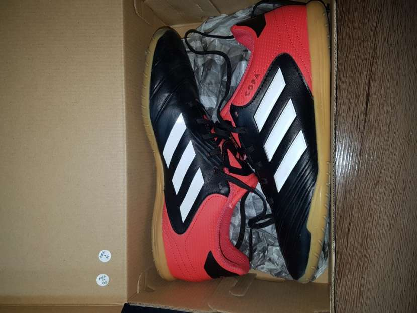 Calzado Adidas deportivo para futsal nuevo - 0