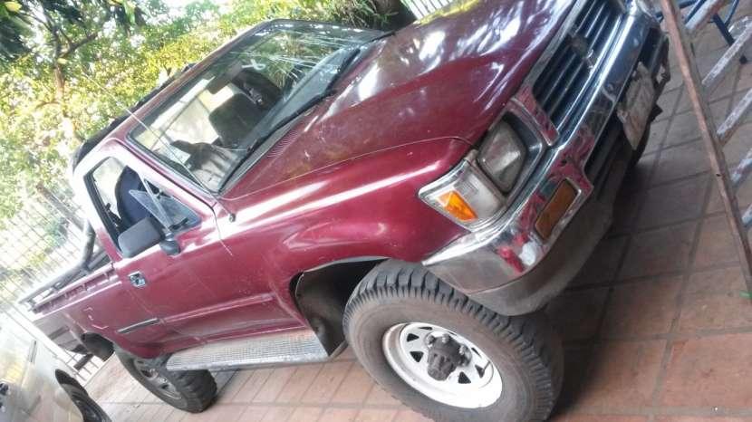Toyota Hilux - 0