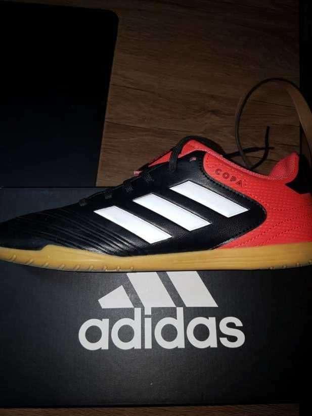 Calzado Adidas deportivo para futsal nuevo - 1