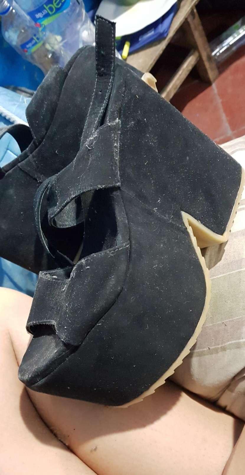 Zapato negro alto - 0