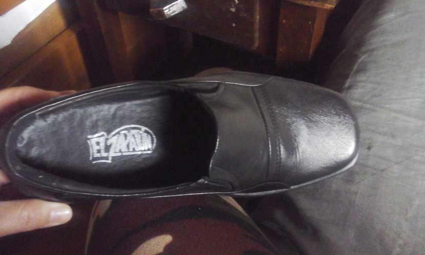 Zapato de vestir negro - 1