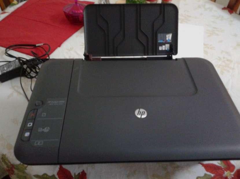 Impresora HP Deskjet 2050 Multifunción - 1