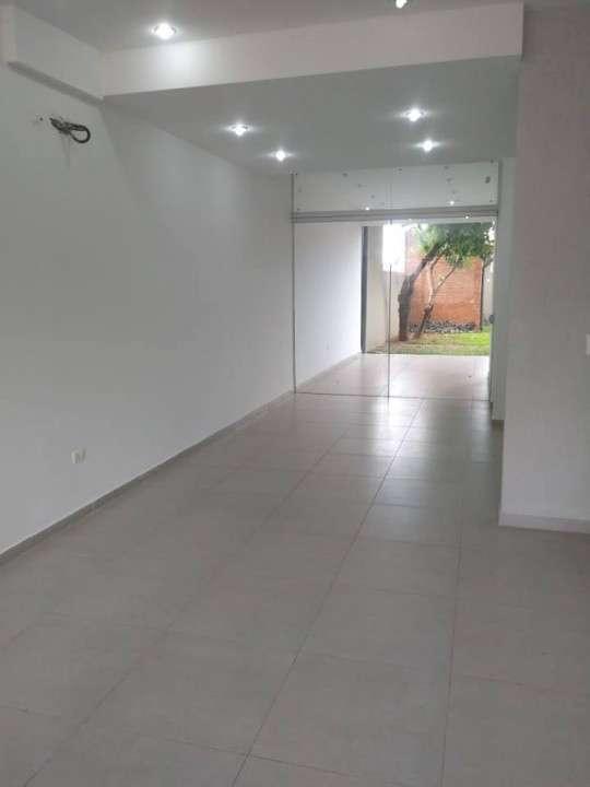 Duplex a estrenar en Fernando de la Mora A1576 - 1