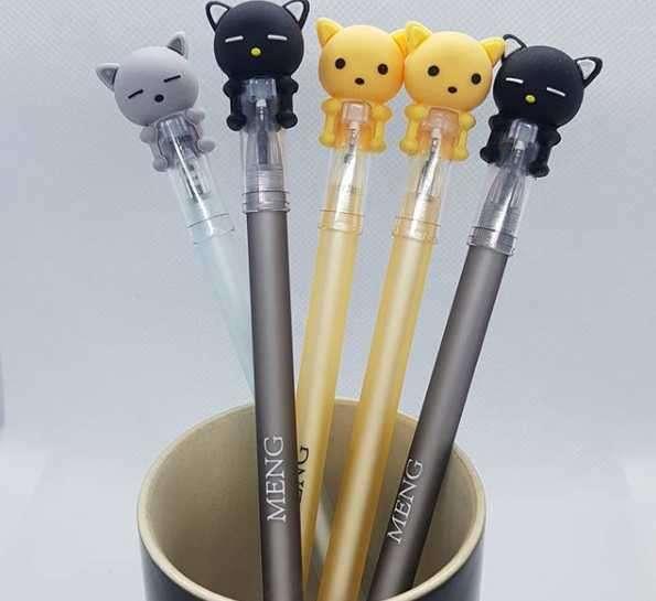 Bolígrafos con tapa de gatitos en 3 colores - 0
