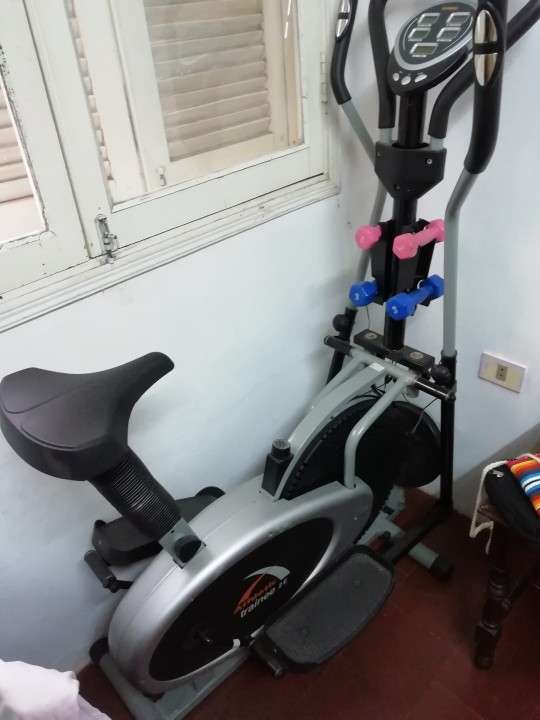Bicicleta estática - 1