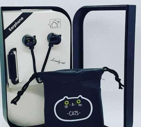 Audífonos con forma de gato y bolsita para llevarlos - 0