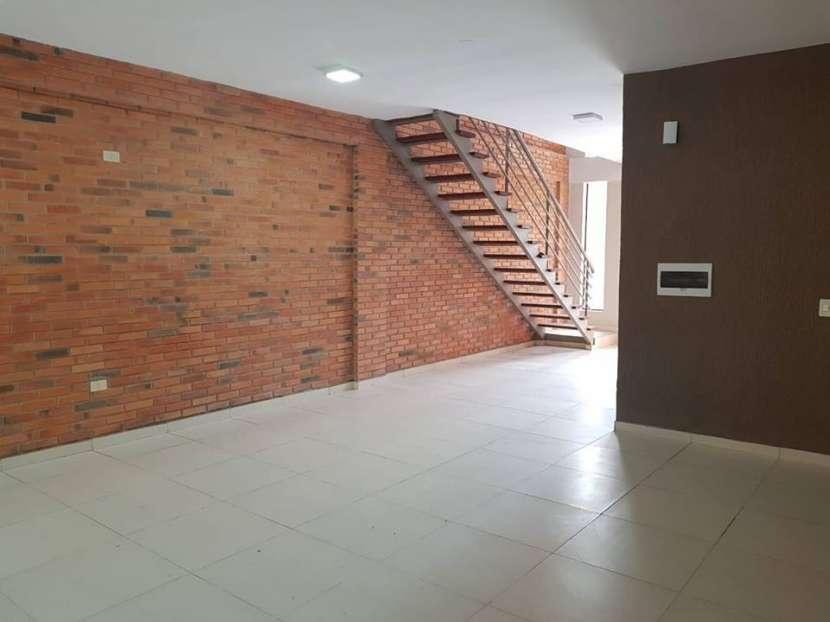 Duplex a estrenar en Luque barrio bella vista A1581 - 1
