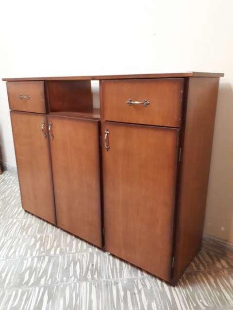 Mueble de madera - 1