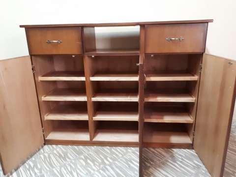 Mueble de madera - 2