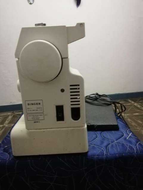 Maquina de coser - 0