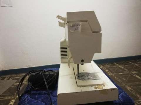 Maquina de coser - 2