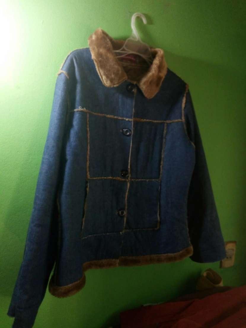 Caja de ropas europeas - 9