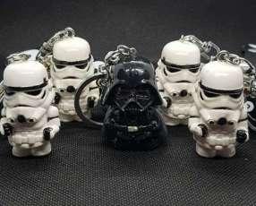 Llavero de Star Wars diseño Darth Vader y Stormtrooper