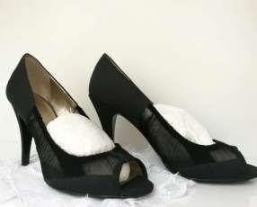 Calzado negro elegante