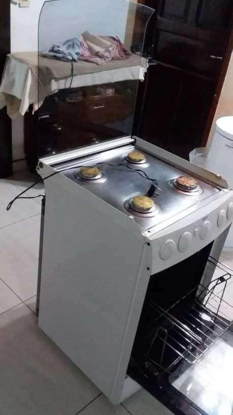 Cocina Bosch 4 hornallas a gas con horno eléctrico - 7