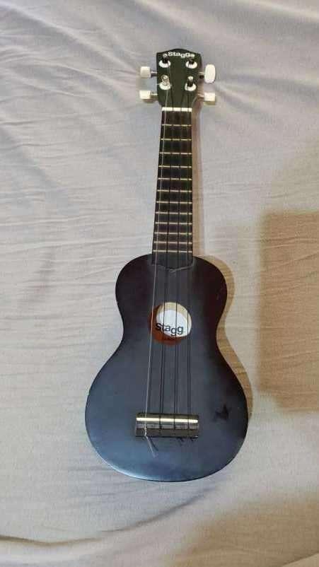 Ukelele Soprano - 1