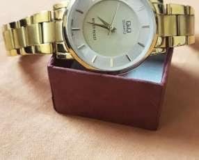 Reloj Q&Q para dama