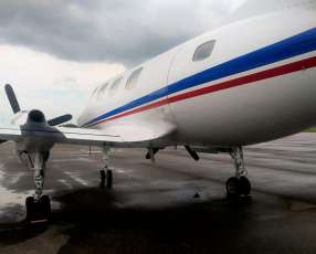 Avioneta Merlin III B