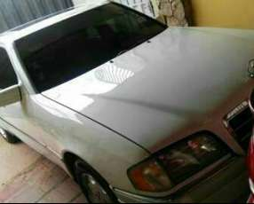 Mercedes Benz C230 1997