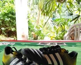 Botin Adidas anti-glock talle 43 (10 us)