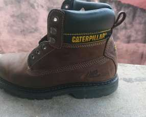 Bota CAT Original