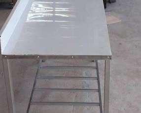 Mesa con bachas