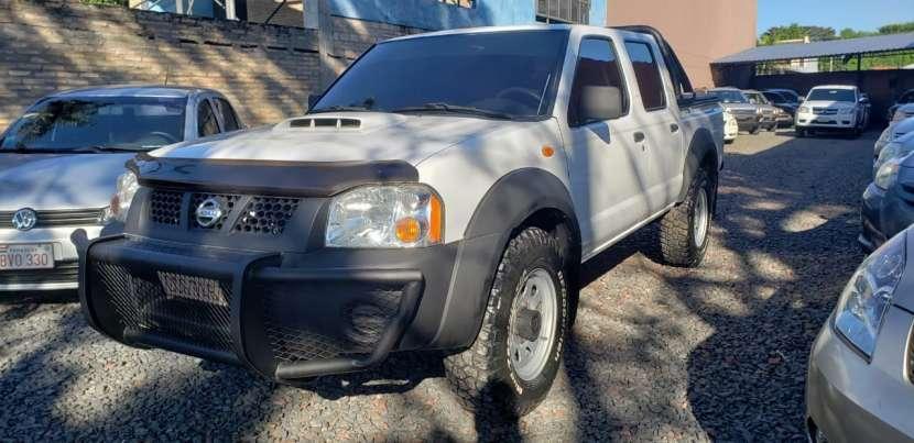 Nissan Frontier 2013 blanco - 0