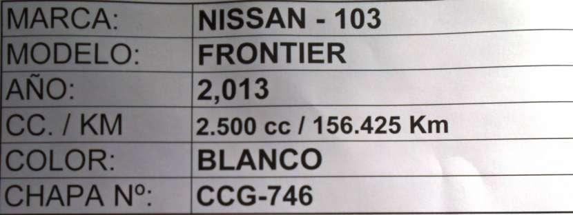 Nissan Frontier 2013 blanco - 8